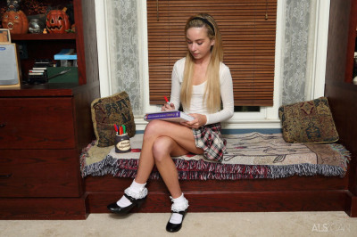Thin teen Kylie Nicole attends to her horny pussy in frilly socks and heels
