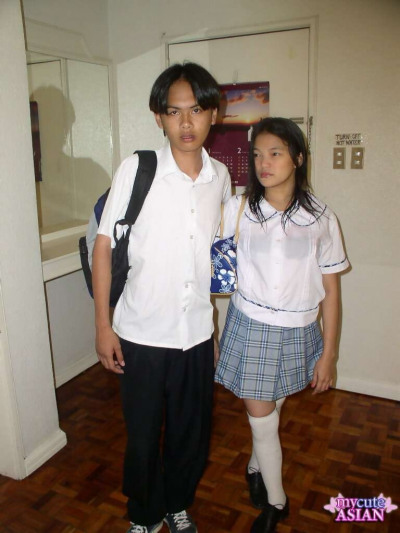 Asian schoolgirl fucks her boyfriend after class in white knee socks